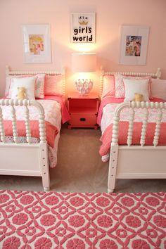 Monday makeover - shared little girls room kids bedroom idea Sister Bedroom, Little Girl Bedrooms, Teenage Girl Bedrooms, Big Girl Rooms, Kids Rooms, Shared Girls Rooms, Small Rooms, Diy Little Girls Room, Toddler Girl Rooms