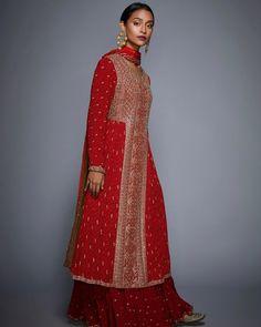 Celebrity Fashion Outfits, Celebrity Style, Celebrities Fashion, Fashion Tips, Pakistani Bridal Wear, Pakistani Dresses, Ritu Kumar Suits, Neeta Lulla, Solange Knowles
