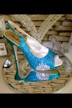 69 ideas wedding shoes bling brides heels for 2019 Bling Wedding Shoes, Bling Heels, Prom Heels, Wedding Heels, Bridal Shoes, Purple Wedding Bouquets, Wedding Bridesmaid Dresses, Disney Bride, Party Shoes