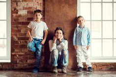 Семейная фотосессия в студии лофт | Детский фотограф Катрин Белоцерковская · Москва