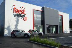 Feestwinkel Oudenaarde #Stadsbader #Building #retail Building Department, School Building, Retail, Sleeve, Retail Merchandising
