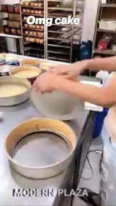 Homemade Cupcake Recipes, Fun Baking Recipes, Cooking Recipes, Easy Cake Decorating, Cake Decorating Techniques, No Cook Desserts, Dessert Recipes, Best Butter Cake Recipe, Biscuit Recipe Video
