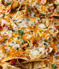 Mediterranean pizza nachos +5 Nachos to Warm up your weekend