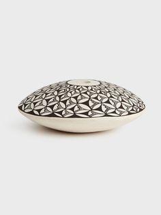 Rose Chino Farcia Acoma Pot by Rose Chino Garcia | DARA Artisans