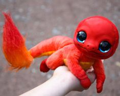 Fulfill your dream of cuddling with your favorite Pokemon by picking up one of these cute handmade stuffed Pokemon toys. Cute Fantasy Creatures, Cute Creatures, Mythical Creatures, Cute Pikachu, Cute Pokemon, Baby Animals Pictures, Cute Baby Animals, Pokemon Dolls, Charmander