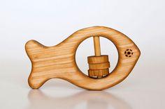 Hölzerne+Beißer+-+Rassel+Fisch+von+The+Wooden+Horse+auf+DaWanda.com