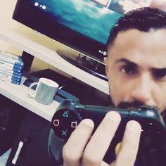 Enviado @Douglas_hb  .  @falandodegames - no YouTube . @falandodegames - no Facebook . @falandodegames - no Instagram . ........... ...................... SE INSCREVER EM NOSSO CANAL Link na BIO do perfil  Tags: #gamer #online #youtube #brasil #ww2 #nerdgirls #geek #playstation #playstation4 #gamingsetup #games #ps4 #instagame #xbox #xboxone #xbox360 #xone #falandodegames #EstadoPLAY #ps4pro
