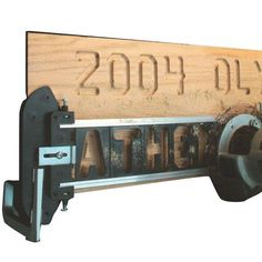 Buy MILESCRAFT TurnLock SignPro Deluxe Sign Making Jig at Woodcraft.com