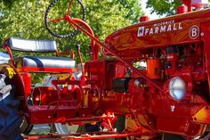 Farmall B.Between the A & the C