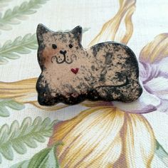 """Porcelain/Ceramic Cat Brooch This cuddly cat brooch measures approximately 2"""" across and is waiting for the perfect home in your wardrobe. Jewelry Brooches"""