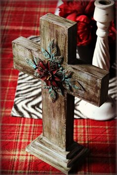 Tutorial for this cross from Stephanie Ackerman - Homegrown Hospitality