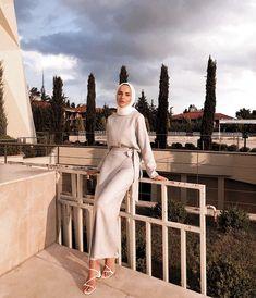 54 Super Ideas For Abaya Fashion Casual Chic Hashtag Hijab Modest Fashion Hijab, Modern Hijab Fashion, Street Hijab Fashion, Hijab Fashion Inspiration, Casual Hijab Outfit, Abaya Fashion, Muslim Fashion, Mode Inspiration, Hijab Fashion Summer