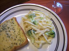 Easy Homemade Alfredo Sauce - from The Make Your Own Zone