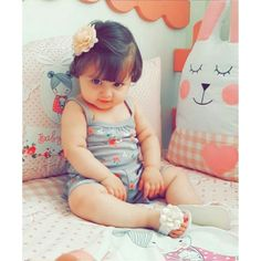 No caption needed for this cuteness - - Cute Kids Pics, Cute Little Baby Girl, Cute Baby Girl Pictures, Little Babies, Whatsapp Dp, Cute Baby Girl Wallpaper, Cute Babies Photography, Girl Photography, Baby Images