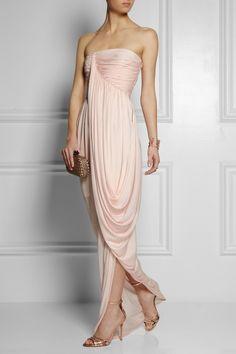 ¿No eres fan del blanco? Apunta estos 9 vestidos de novia pensados para ti (via Bloglovin.com )