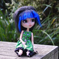 Your place to buy and sell all things handmade Little Dresses, Lovely Dresses, Pullip Custom, Green Beetle, Very Lovely, Green Dress, Color Patterns, Wigs, Easter