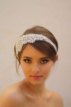 All Crystal Bridal Bandeau All Silver with White par DolorisPetunia, $435,00