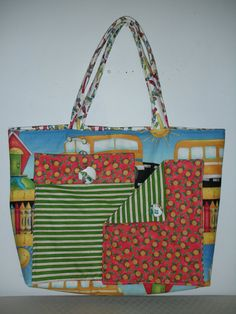 Pockets A Plenty Toe School Bus by QuiltingMyWay on Etsy, $35.00