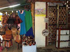 Mercado de Masaya - masaya artesania nicaragua mercado  (click to view a larger image...) Masaya's Crafts  Market - Nicaragua
