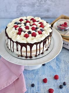 Mascarpone Cake, Indian Cake, Sweet Desserts, Cake Pans, Healthy Baking, Baked Goods, Cupcake Cakes, Cake Recipes, Cake Decorating