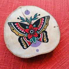 Akryl na dreve Art Society, Butterfly Painting, Creative Illustration, Insta Art, Old School, Artist, Artwork, Flowers, Work Of Art