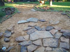 outdoor fun, concrete masonry, diy, outdoor living, patio More deko terrasse Installing a flagstone patio Budget Patio, Patio Diy, Patio Pergola, Backyard Patio, Backyard Landscaping, Backyard Ideas, Screened Patio, Landscaping Ideas, Desert Backyard