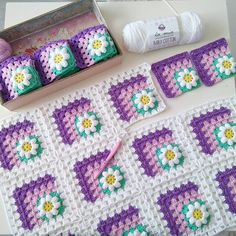 Discover thousands of images about Crochet motif chart patterncrochet square pattern Crochet Bedspread Patterns Part 17 - Beautiful Crochet Patterns and Knitting Patterns - Crochet Bedspread Patterns Part Granny Square Rose SThis Pin was di Crochet Bedspread Pattern, Crochet Mandala Pattern, Crochet Motifs, Granny Square Crochet Pattern, Crochet Flower Patterns, Crochet Squares, Crochet Blanket Patterns, Baby Blanket Crochet, Crochet Stitches