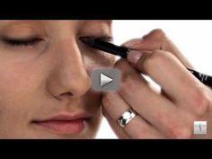 Sephora PROteam Makeup artist Erik Soto's tutorial on the No-Makeup Look.