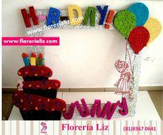 Marco de cumpleaños para fotos Party Photo Frame, Party Frame, Photo Booth Frame, Photo Booth Props, Teen Birthday, Birthday Board, Photo Boards, Party Props, Diy Home Crafts