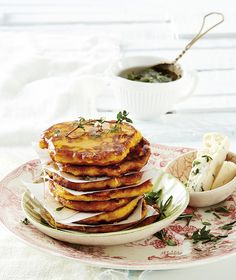 Pumpkin fritters with rosemary and thyme syrup Good Food, Yummy Food, Tasty, Pumpkin Fritters, Kos, Easy Weekday Meals, South African Recipes, Cooking Time, Fresh Herbs