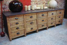 Ancien meuble de métier à tiroirs par le Marchand d'Oublis