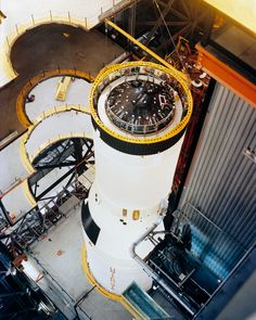 File:Apollo 12 Saturn V stacking in the Vertical Assembly Building (VAB).jpg
