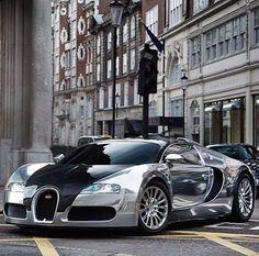 Bugatti Veyron - chromed