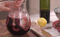 Receita de sangria da Rita Lobo - Bebida leva cubos de abacaxi congelados que garantem a refrescância