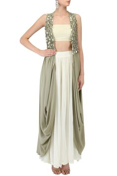 RIDHIMA BHASIN Cream Leaf Pleated Embellished Cape with Tassel Top and Bell Bottoms #crepe #tassels #ethnic #traditional #pernia #perniaspopupshop #ethnicwear #indianwear (Kurtha Top Design)
