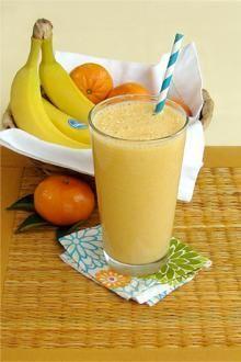 Quick Creamy Clementine and Chiquita Banana Smoothie Recipe // #recipe #banana #smoothie