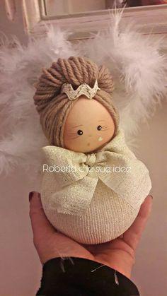 Handmade Angels, Handmade Felt, Sock Crafts, Yarn Crafts, Hand Embroidery Stitches, Ribbon Embroidery, Knitting Dolls Clothes, Angel Crafts, Pretty Dolls