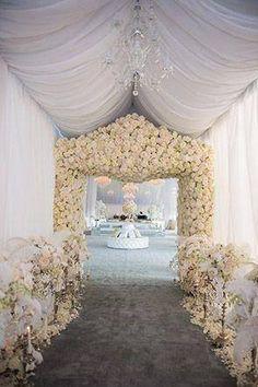 So pretty~ Like Capri Jewelers Arizona on Facebook for A Chance To WIN PRIZES ~ www.caprijewelersaz.com