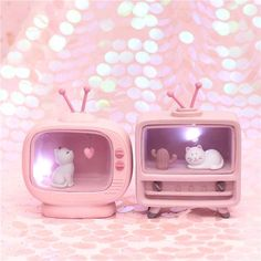 New Arrivel Cuet Cat Home Decoration Light Pink Color Baby Kids lampara bebe Battery Resin Material Warm Bedroom Mini Lamp. This Kawwai lamp can make your bedrooms , you living,. Food Kawaii, Kawaii Cat, Kawaii Stuff, Kawaii Things, Kawaii Games, Kawaii Makeup, Kawaii Shop, Pastel Room, Pastel Decor
