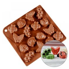 Best Seller Baking Mat For Macarons and Bbq Silicone Chocolate Molds, Silicone Molds, Bbq Nation, Silicone Baking Mat, Canada Day, Tool Design, Gingerbread Cookies, Macarons, Bunny