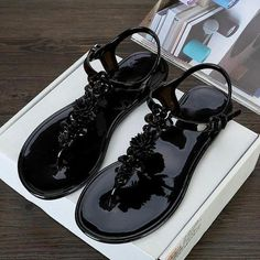 Women Flower Beach Jelly Sandals. Plastic SandalsJelly SandalsJelly  ShoesBeach SandalsWomen s ... 73c7096ff755