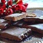 FotoRecept | Domáce Margotky - NajRecept.sk Candy, Chocolate, Desserts, Food, Tailgate Desserts, Deserts, Essen, Chocolates, Postres