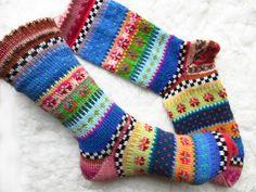 Kuschelsocken - Bunte Socken Wanja Gr. 38/39 - ein Designerstück von Lotta_888 bei DaWanda