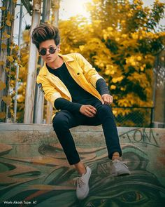 Cute Boys Images, Boy Images, Boy Photos, Best Photo Background, Love Background Images, Blurred Background, Mom Dad Tattoo Designs, Mom Dad Tattoos, Photo Poses For Boy