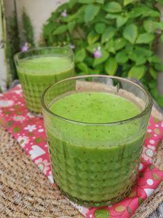 Vegan Recipes, Hui, Drinks, Simple, Cream Soups, Yogurt, Drinking, Beverages, Vegane Rezepte