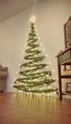 Easy Christmas Decor From simple to amazing Notable tips and tricks to form a fun and charming simple christmas decor diy xmas trees . Xmas image provided on this day 20190114 , exciting post reference 3707337813 Wall Christmas Tree, Noel Christmas, Winter Christmas, Xmas Trees, Christmas Tree Made Of Lights, Tinsel Tree, Outdoor Christmas, Creative Christmas Trees, Christmas Tree For Apartment