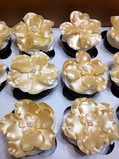 Golden 50th Anniversary Flower Cupcakes