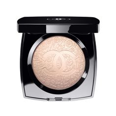CHANEL POUDRE SIGNÉE DE CHANEL ILLUMINATING POWDER ❤ liked on Polyvore