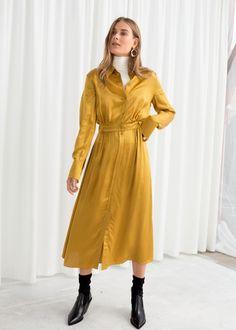Belted Satin Midi Dress - Mustard - Midi dresses - & Other Stories Yellow Midi Dress, Satin Midi Dress, Midi Shirt Dress, Belted Dress, Winter Dress Outfits, Spring Dresses, Work Outfits, Fashion Story, Girl Fashion