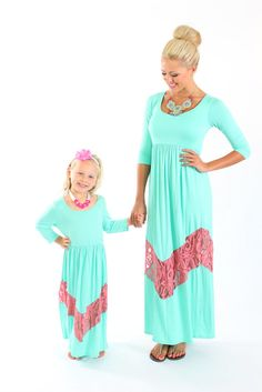 Mommy and daughter matching maxi dresses